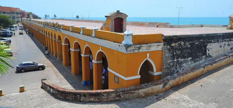 Vida diurna en Cartagena - Sitios turísticos en Cartagena que visitar